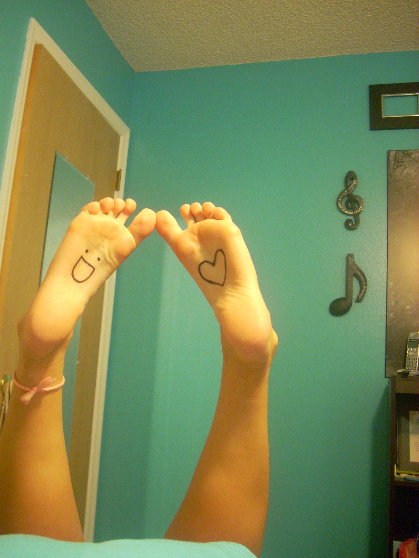 Allis Soles And Cute Toes  Cute Teen Feet-4150